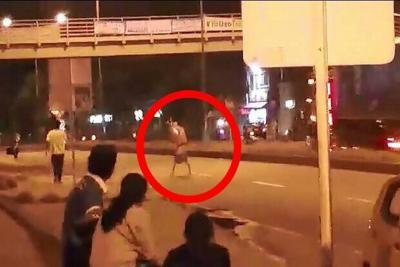 Video: Joven desafía la muerte en Piedecuesta donde camión arrolló a un niño