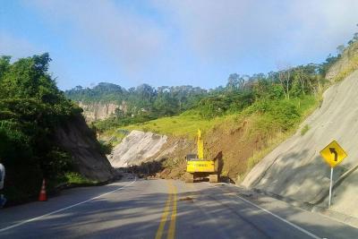Por derrumbe, vía entre Bucaramanga y Barrancabermeja está cerrada
