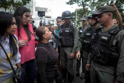 Madre de Óscar Pérez, ex policía asesinado en Venezuela, exige el cuerpo de su hijo