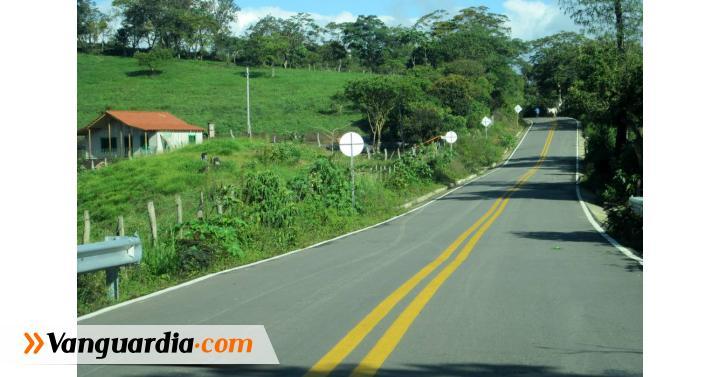A punto de culminar vía que conduce a Guavatá - Vanguardia Liberal