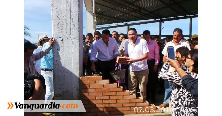 Se puso la primera piedra del coliseo cubierto de Guavatá - Vanguardia Liberal