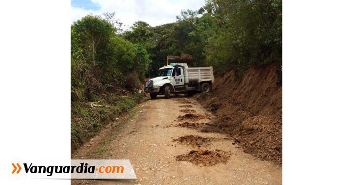 Inició la pavimentación de 800 metros entre Ocamonte - Charalá - Vanguardia Liberal