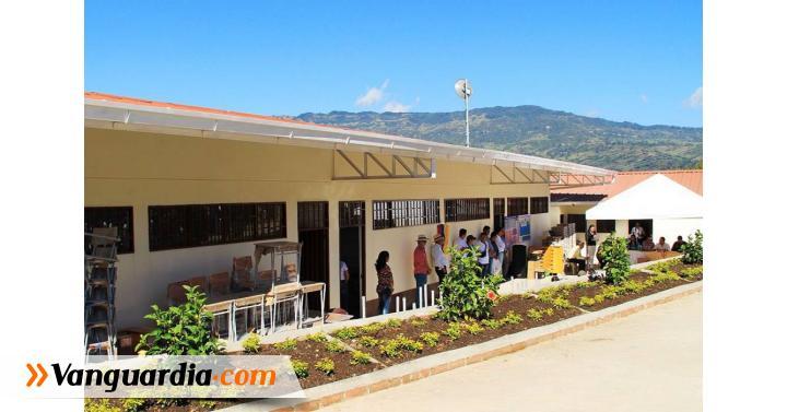 Entregaron aulas y tecnología digital en colegios de Chipatá - Vanguardia Liberal