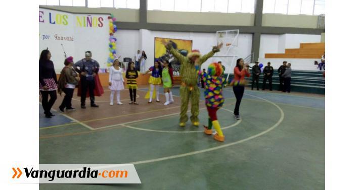 Con payasos, Guavatá festejó Día de la Niñez - Vanguardia Liberal