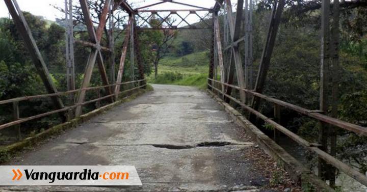 Estará cerrada vía que comunica Charalá - Coromoro - Vanguardia Liberal