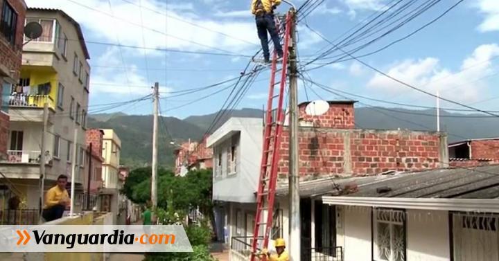 Villas de San Juan de Girón recibió el arreglo de luminarias - Vanguardia Liberal