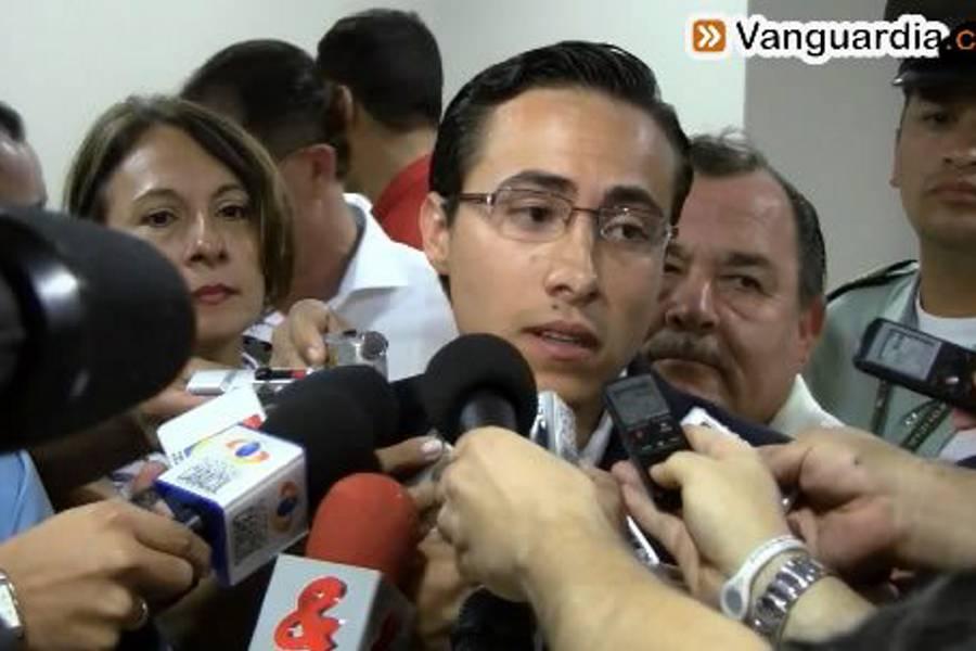 Richard Aguilar se inscribió formalmente como candidato a la Gobernación de Santander
