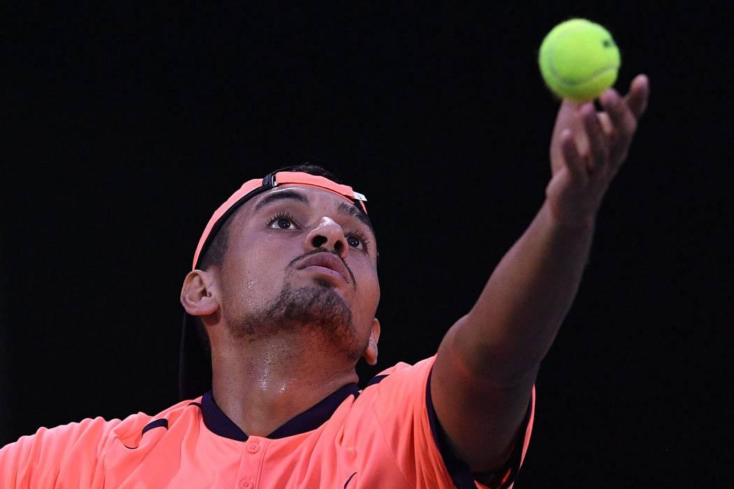Sancionan a un tenista con casi 50 millones de pesos por falta de intensidad
