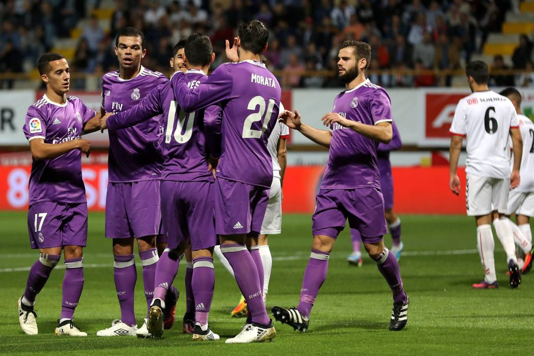 Con tres asistencias de James, Real Madrid aplastó 7-1 a Leonesa