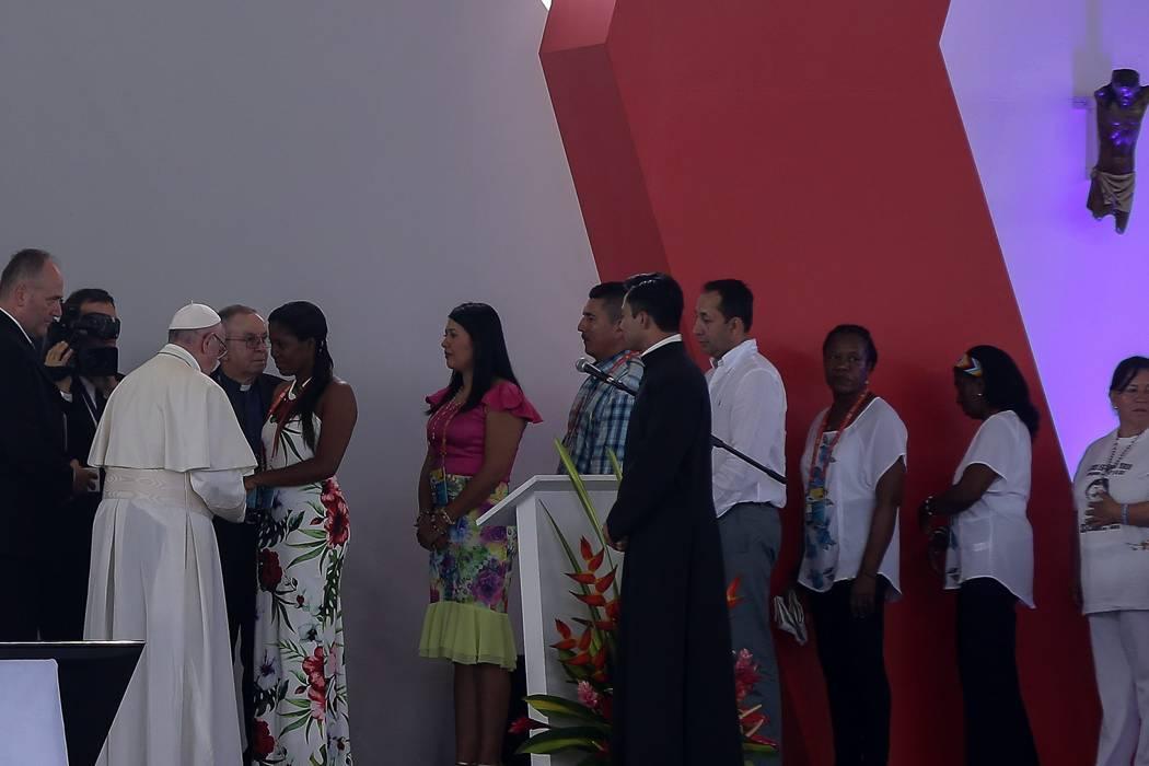 Así fue el encuentro del Papa Francisco con las víctimas del conflicto