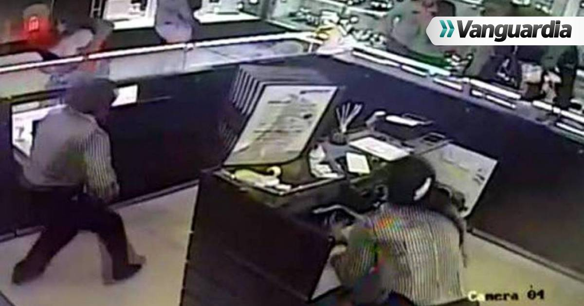 06a8024dd19b Los nuevos detalles del robo a joyería en Centro Comercial de Bucaramanga