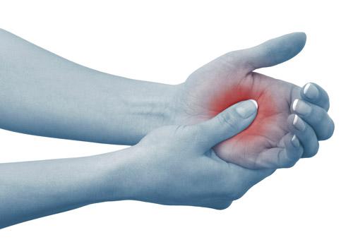 dolor y entumecimiento en mano y brazo derecho