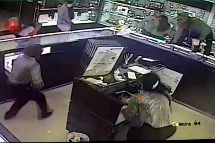4d0f790a65f4 Lo que no se sabe del robo a joyería en Centro Comercial de Bucaramanga  (Foto