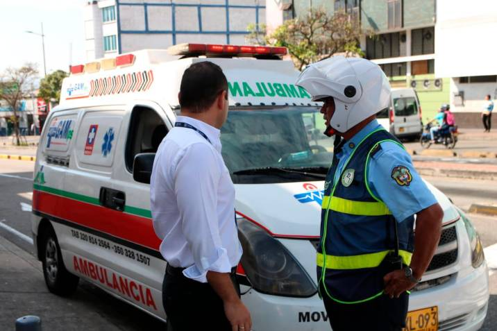 "Video: Denuncian ""mafia de ambulancias"" en Bucaramanga"
