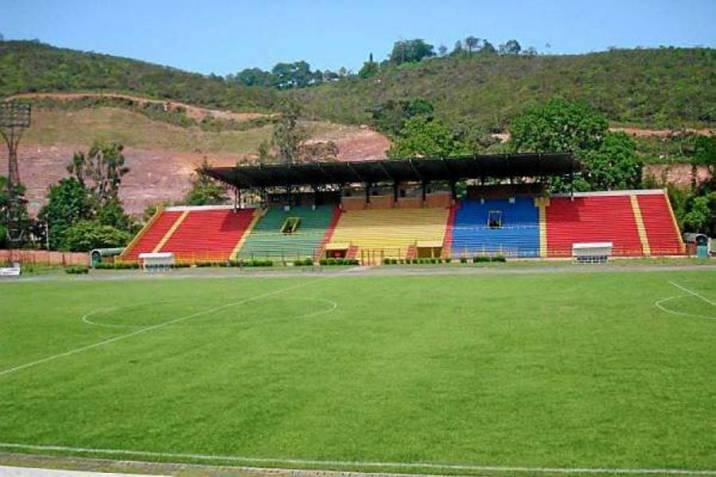 Hinchas Del Atletico Bucaramanga Atacaron A Jugadores Del Alianza Petrolera Vanguardia Com