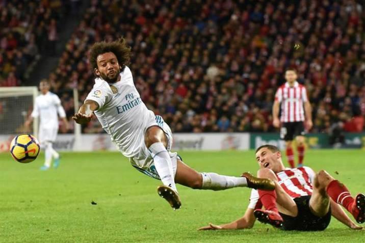 Real Madrid igualó con el Bilbao y no pudo acercarse al Barcelona (Foto  EFE 712df513e45