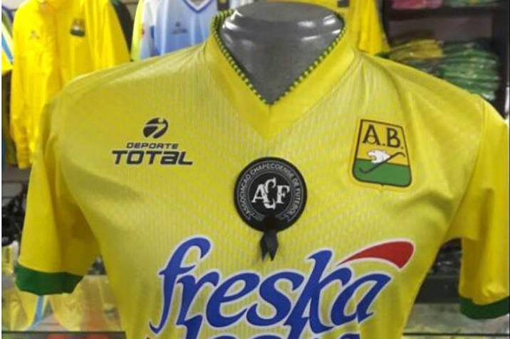 Atlético Bucaramanga vestirá camiseta en homenaje a Chapecoense (Foto   Suministrada VANGUARDIA LIBERAL) 0df7dd6e5b9bb