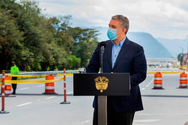 Duque sancionó la ley de pliegos tipo para la contratación estatal |  Vanguardia.com