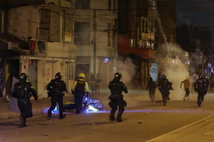 Segunda jornada de protestas en Bogotá: disturbios y suspensión de  Transmilenio | Vanguardia.com