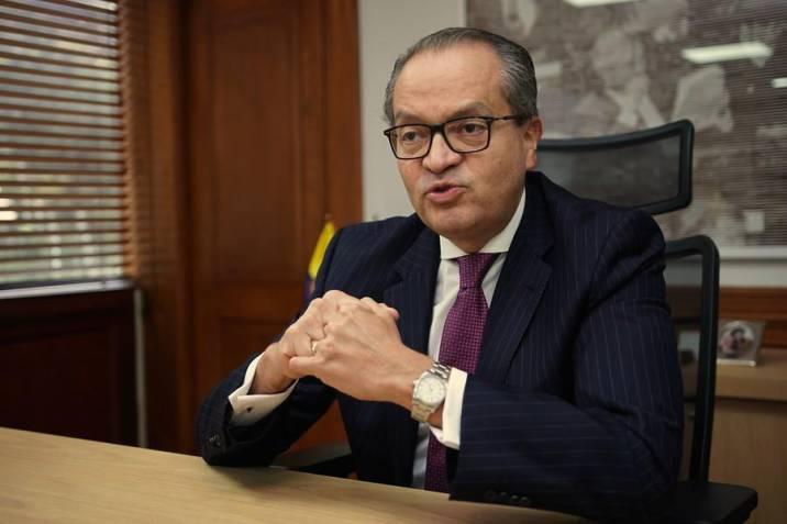 Fernando Carrillo, procurador general, llamó al Gobierno y líderes del paro  a negociar con sensatez   Vanguardia.com