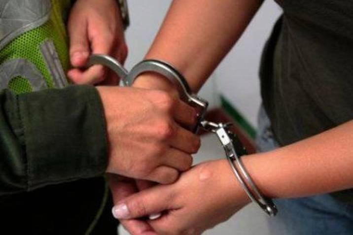 Mujer fue capturada en Piedecuesta, señalada de abusar de un niño |  Vanguardia.com