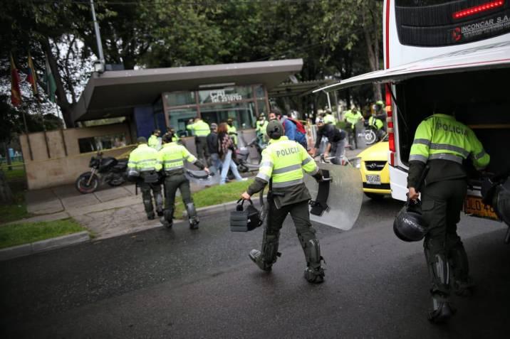 Galería: Impresionantes imágenes de los disturbios en Bogotá en la noche de  este miércoles | Vanguardia.com