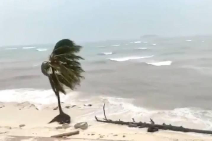 Videos Registran El Devastador Paso Del Huracan Iota Por La Isla De San Andres Vanguardia Com