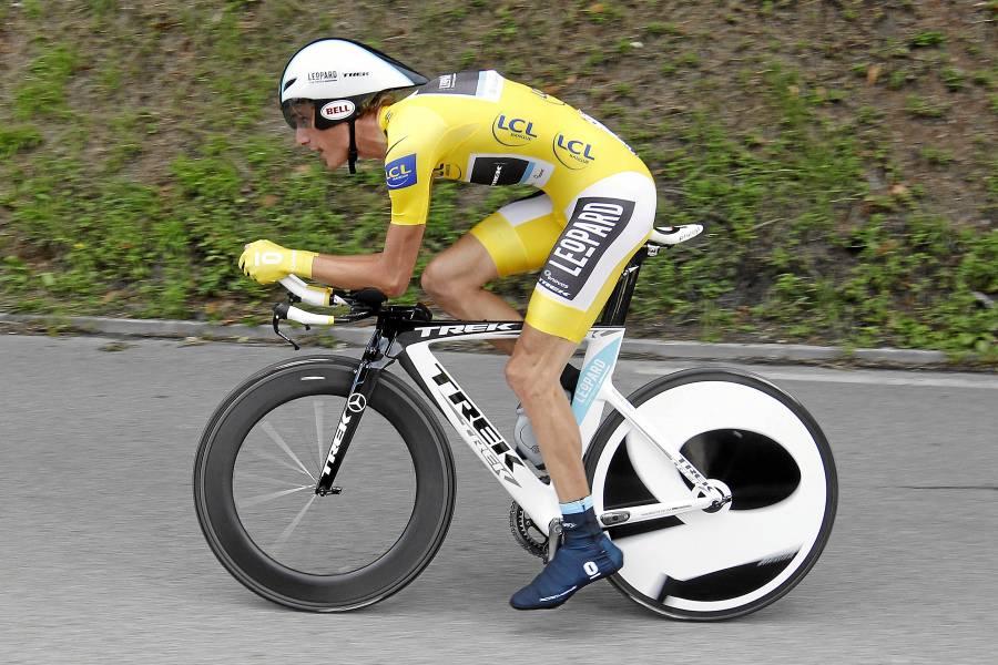 Andy Schleck ya tiene el maillot amarillo del Tour 2010