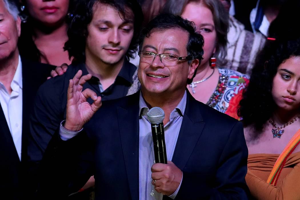 Polo Democrático se une a campaña presidencial de Gustavo Petro