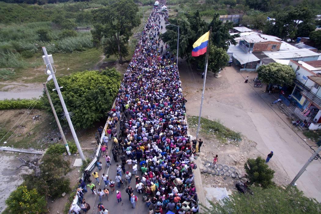 No descartan emergencia económica por crisis en frontera con Venezuela