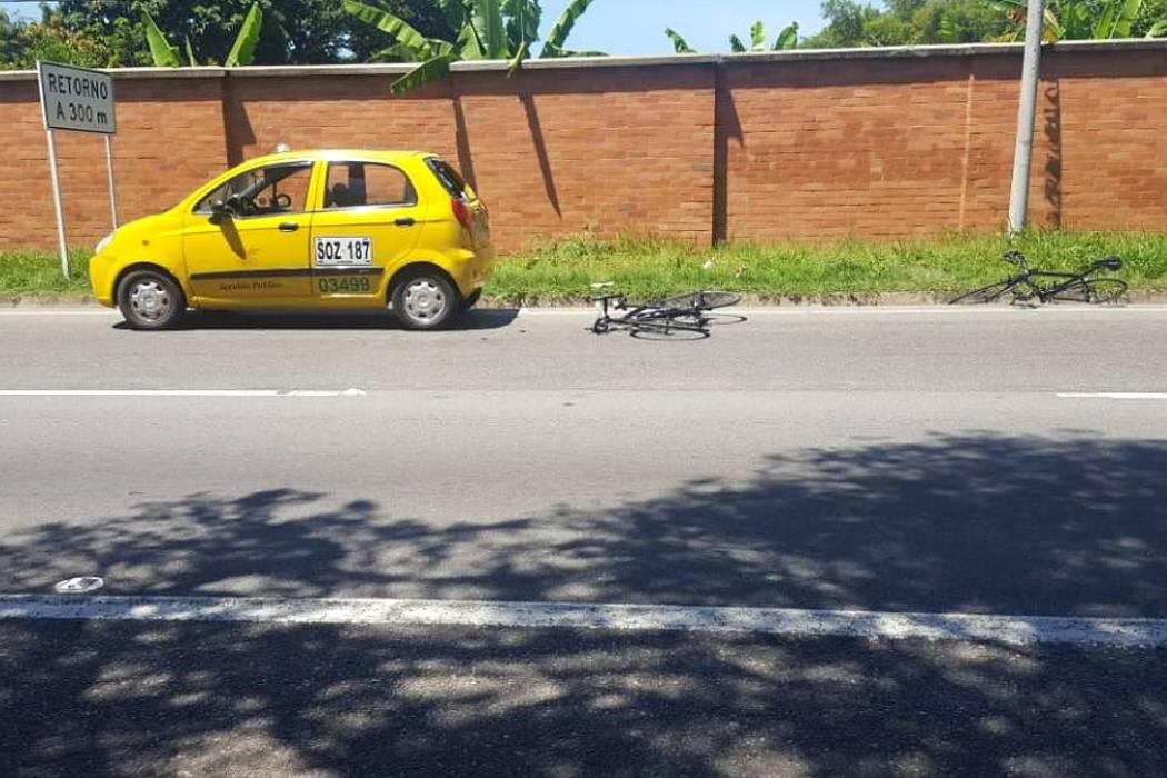 Dos ciclistas resultaron heridos tras accidente en Piedecuesta