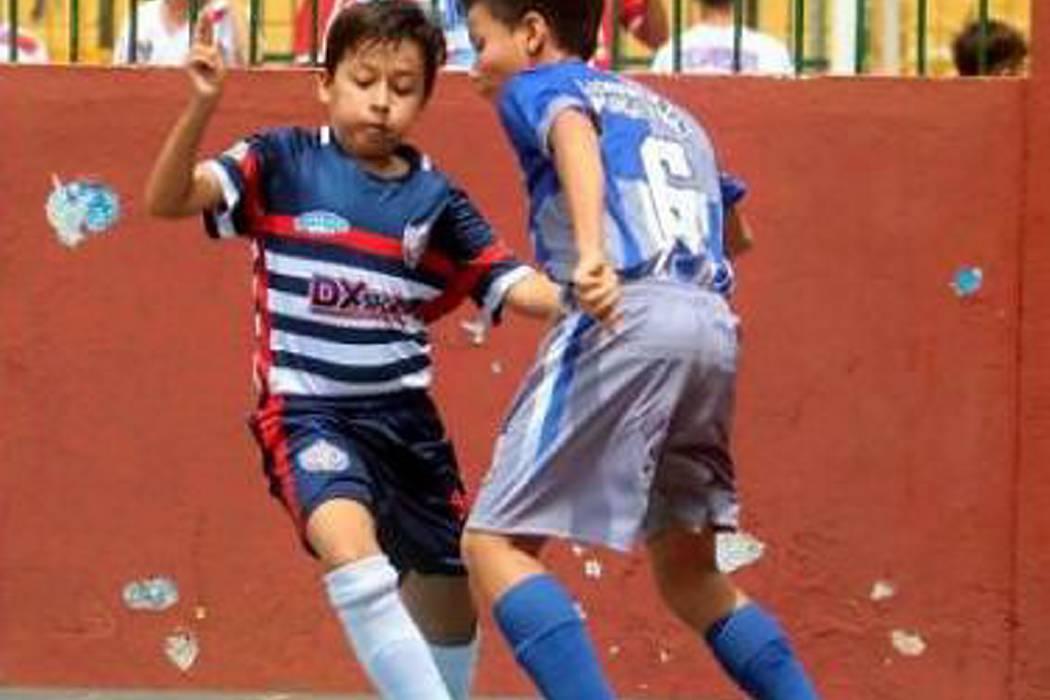 Con festival de goles comenzó el Municipal de Fútbol Sala