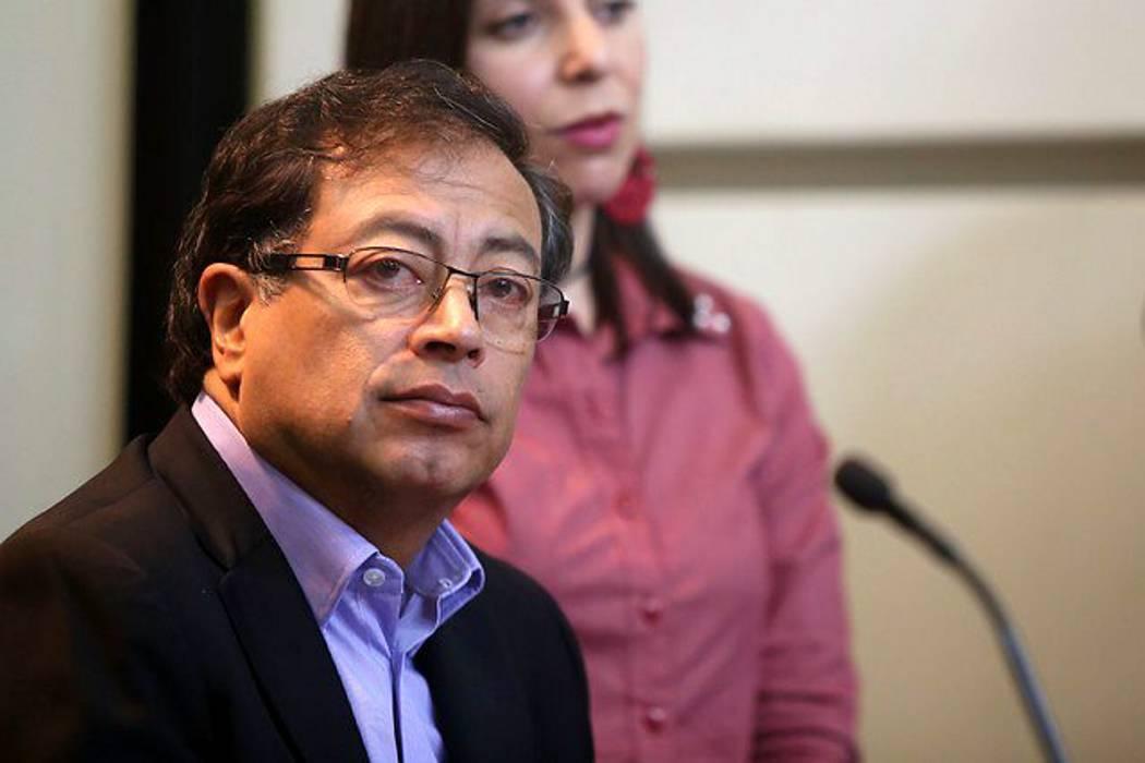 Gustavo Petro fue operado de urgencia en Bogotá