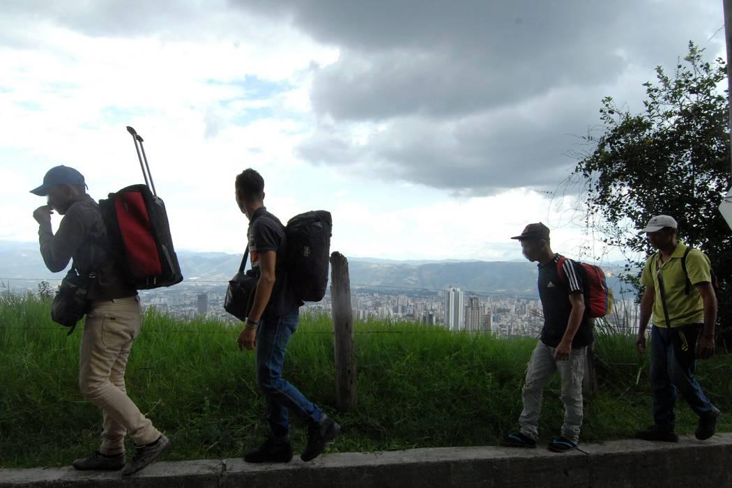 Advierten que disidencias de las Farc y el Eln intentan reclutar venezolanos
