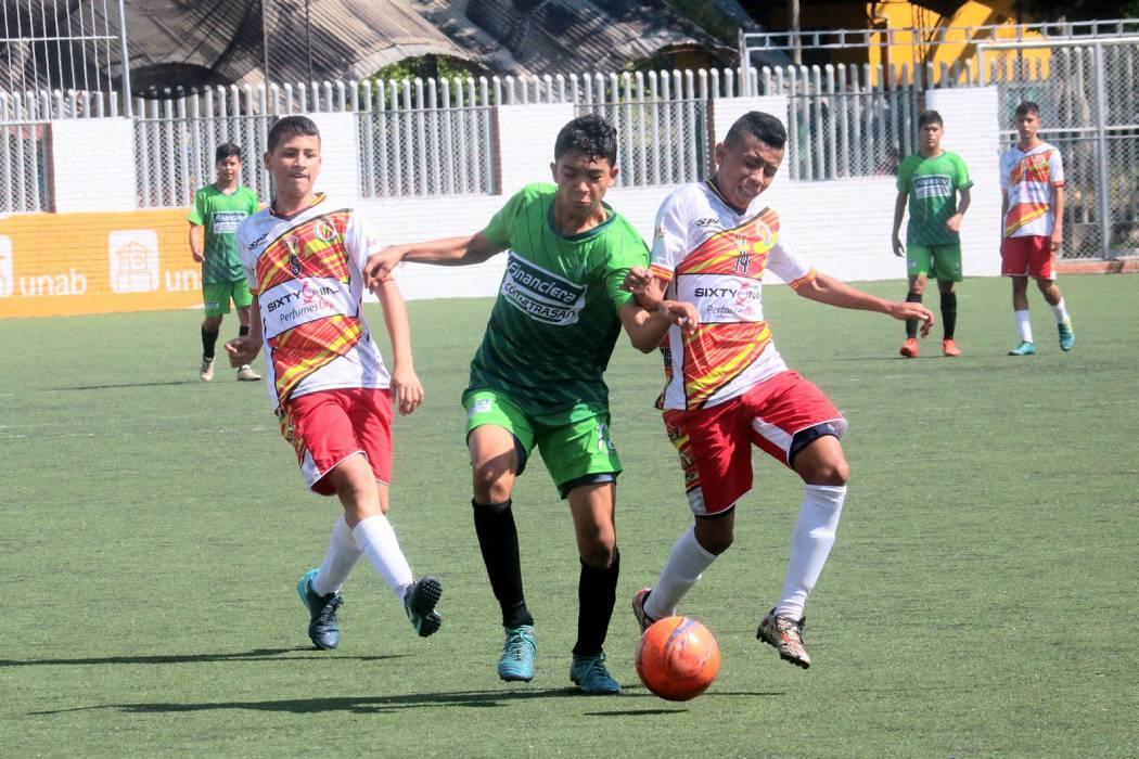 Torneos Municipales de fútbol están definiendo a sus monarcas