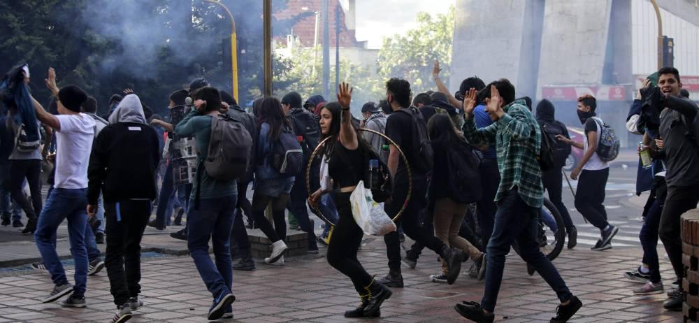 Los desamanes y enfrentamientos con el Esmad fue la constante en la marcha realizada el pasado jueves en todo el país.