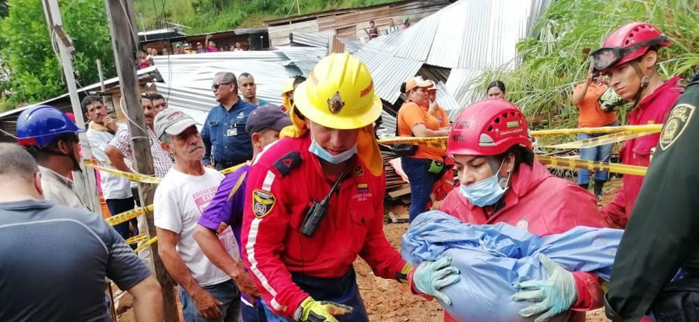 Aumentan a cinco los muertos tras deslizamiento en Barrancabermeja