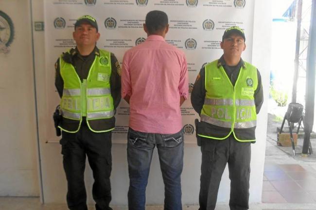 Resultado de imagen para Capturado por la Policìa por Antecedentes Judiciales