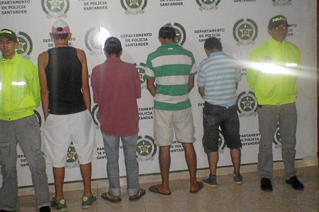 Resultado de imagen para Capturados or la policia por trafico de estupefacientes