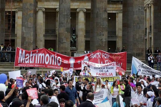 Argumentos juridicos en contra del matrimonio homosexual en colombia