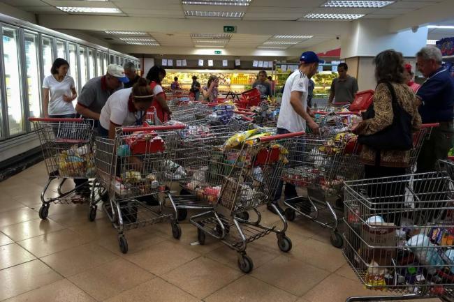 Caída del consumo ubicó inflación en 148,2 % en octubre
