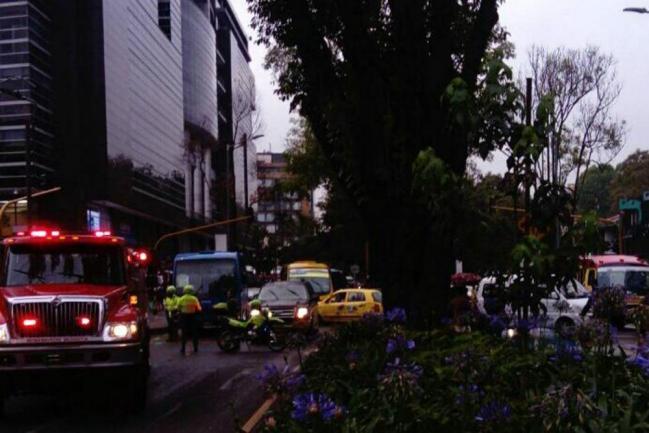 Explosión en centro comercial de Bogotá deja varios heridos