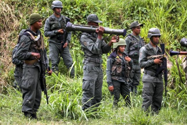 Despliegue de tropas, aviones y tanques marca ejercicios militares en Venezuela