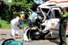 Según el reporte de las autoridades, el accidente ocurrió sobre las 9:20 de la mañana. De Barrancabermeja salieron cuatro unidades de Bomberos Voluntarios para atender a los heridos.