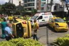 Accidente entre dos taxis dejó un herido en Bucaramanga