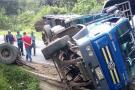 Camión se quedó sin frenos y arrolló a una persona en la vía a Curos