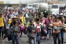 Al menos 223 migrantes que desistieron de seguir su viaje hacia Estados Unidos retornaron a El Salvador en dos caravanas, que partieron el 28 y 31 de octubre.