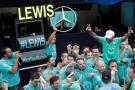 Hamilton gana en Brasil y Mercedes se corona como campeón de las escuderías