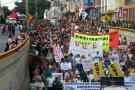 Con marchas, los estudiantes reclaman del Gobierno más recursos para la universidades públicas.