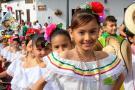 Las mejores imágenes de la comparsa infantil en las Ferias de Girón